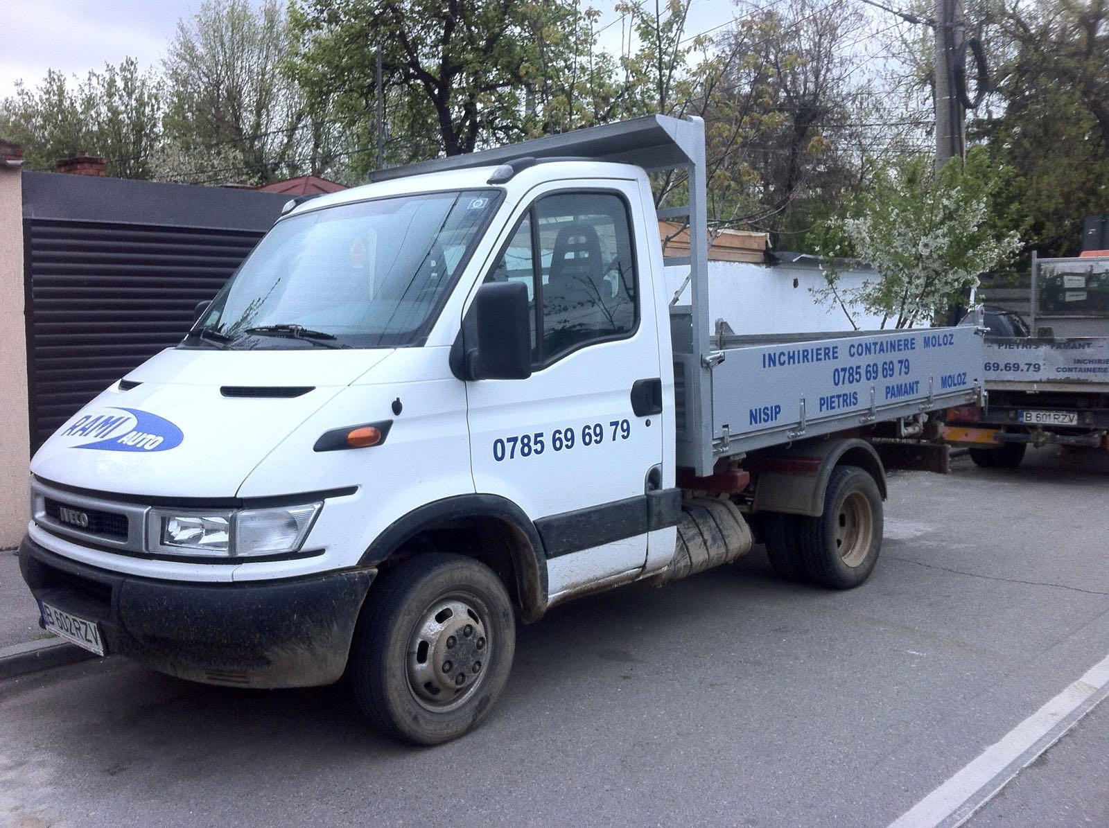 Transport nisip / pamant cu autobasculanta de 3.5 tone (3 mc de material)