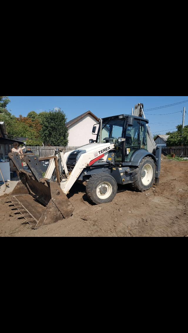 Inchiriez buldoexcavator, autobasculanta 3,5 t, autobasculanta 8×4, incarcator frontal