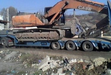 Inchiriez excavatoare pentru lucrari de excavatii si demolari cu toate echipamentele de demolari