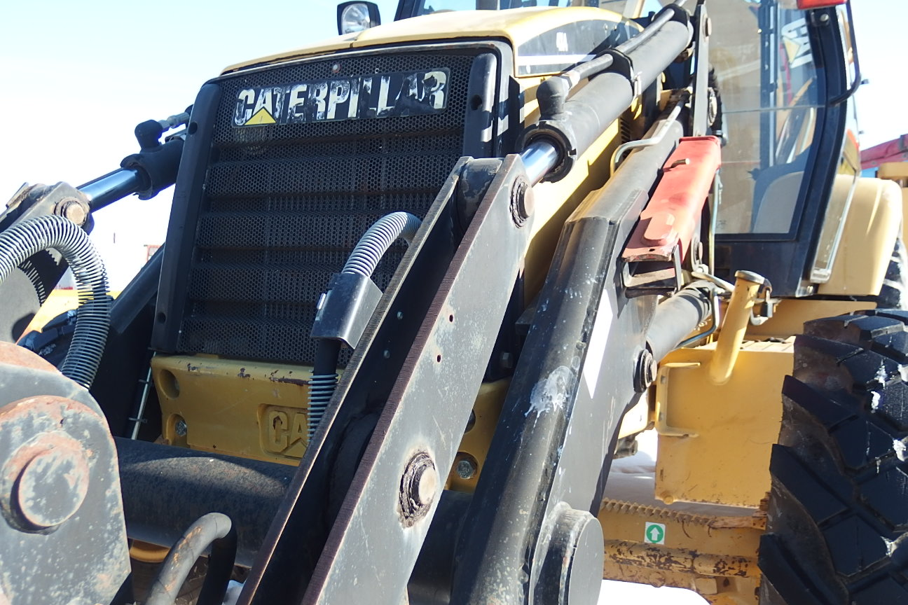 De vanzare: Buldoexcavator CAT 428C