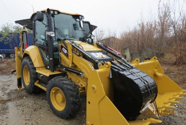 Inchiriere Buldoexcavator Caterpillar 428F, an 2018,