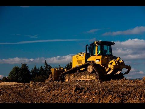 Executam excavatii, decopertari, sapaturi, drumuri, terasamente si fundatii