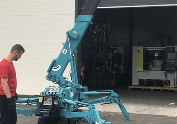 Maeda mc274 mini crane
