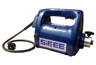 Vibrator beton SIFEE cu ax flexibil de 4m si cap vibrare 25 mm, tensiune de alimentare 230V